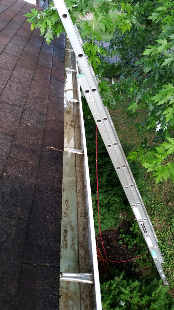 Kansas City Gutter Cleaning