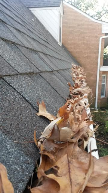 gutter-cleaning-memphis