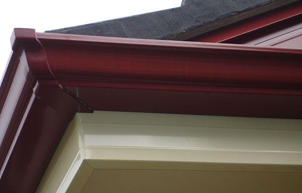 Can you paint your gutters clean pro gutter cleaning for Painting aluminum gutters
