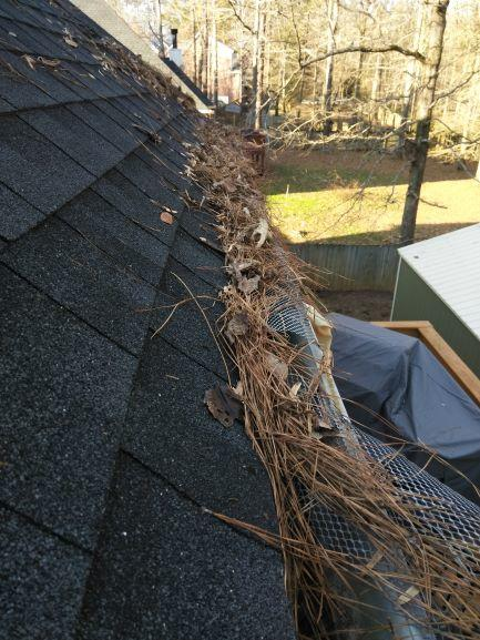 Gutter Cleaning Service Near Chelsea, Gutter Cleaner Near Chelsea