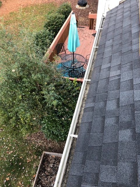 Gutter Cleaning Service Near Mooresville, Gutter Cleaner Near Mooresville
