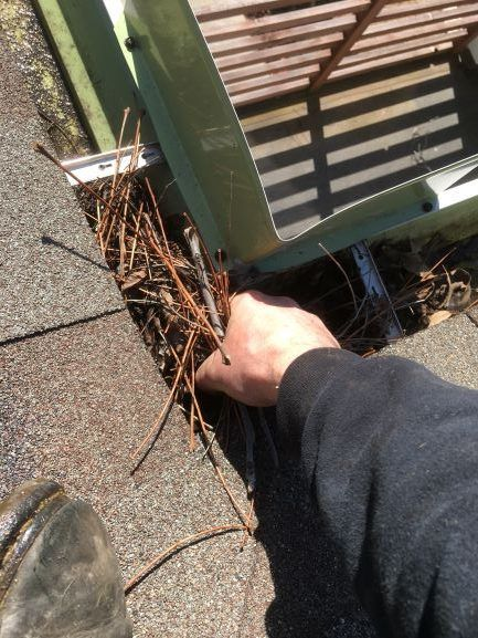 Gutter Cleaning Service Near Tulsa, Gutter Cleaner Near Tulsa