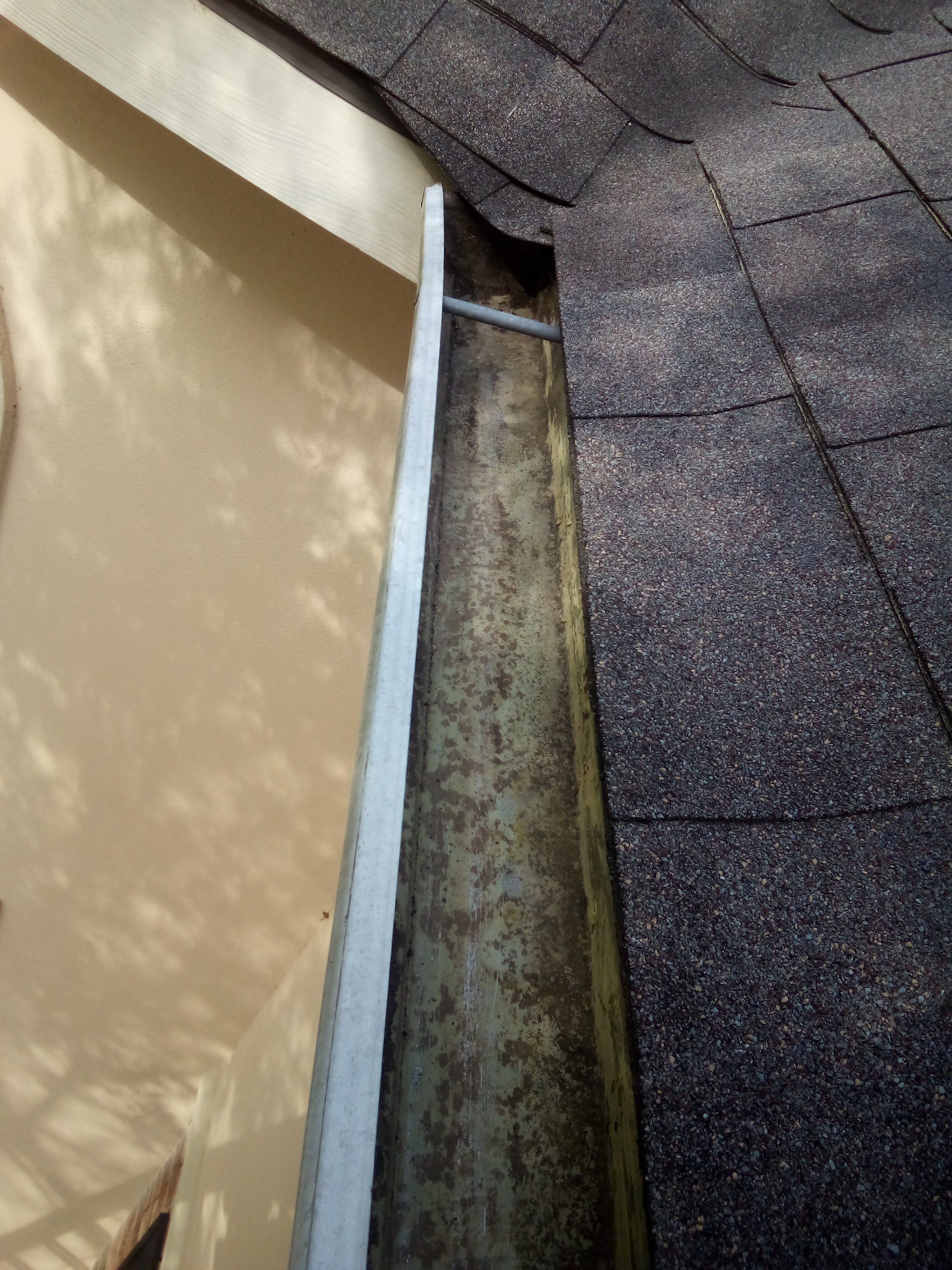 Gutter Cleaning Service Near Katy, Gutter Cleaner Near Katy,