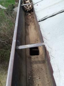 Gutter Cleaning Service Near  Richmond Heights. Gutter Cleaner Near  Richmond Heights